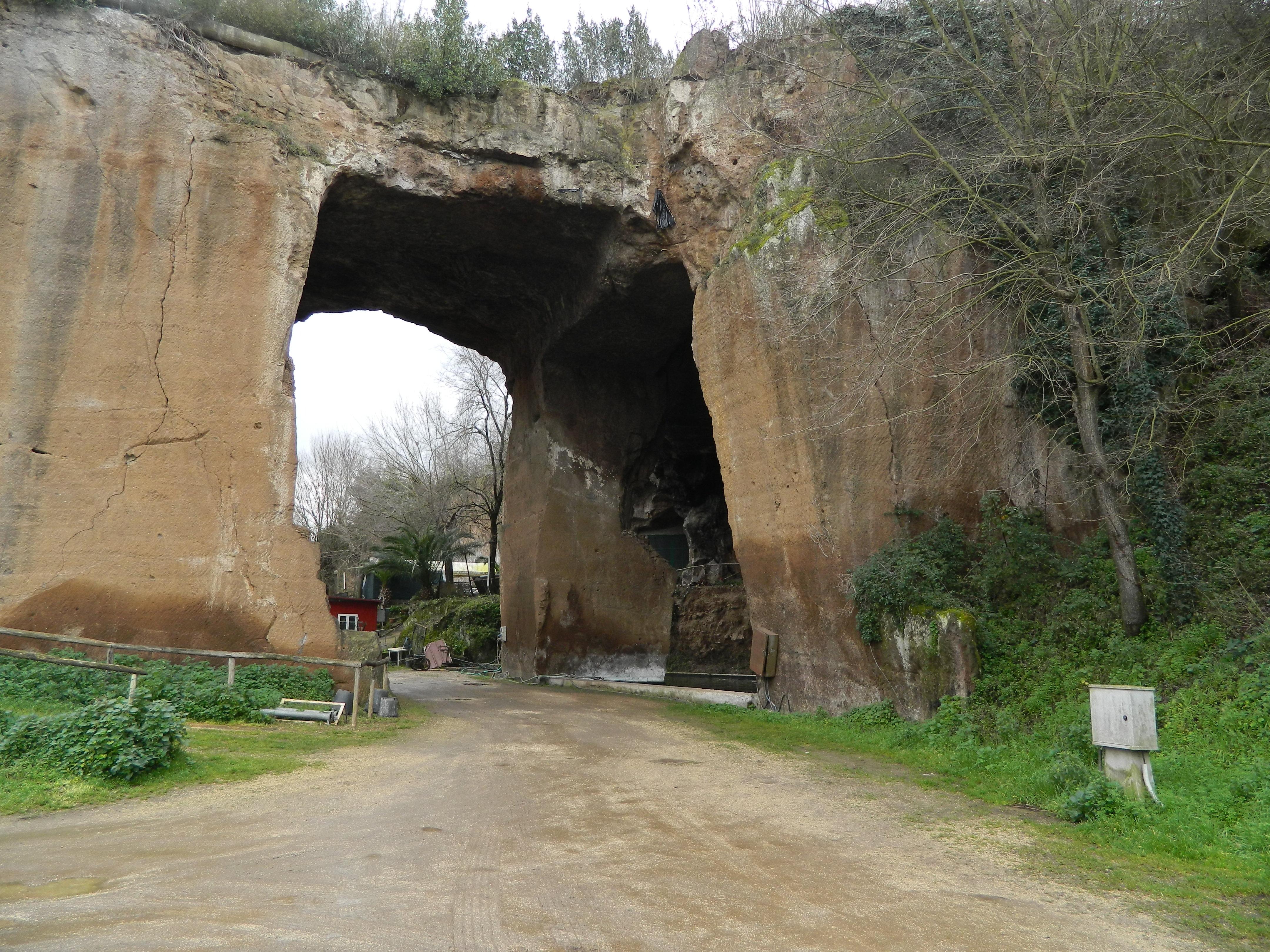 Visita guidata lungo i sentieri della Riserva Naturale Valle dell'Aniene - Le cave di Tor cervara